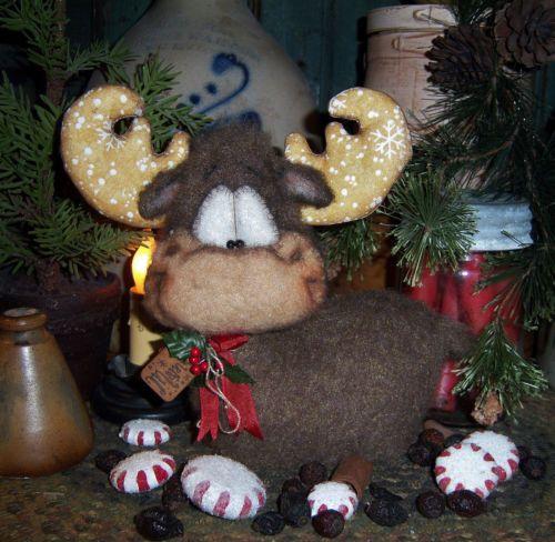 "Primitive Fuzzy Moose Snowflake Christmas Ornie 7"" Doll Vtg Patti's Ratties Bear"