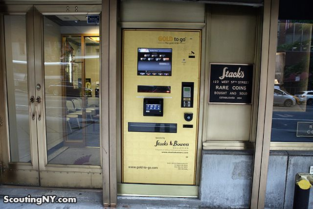 Gold ATM (for the one percenter who has everything). Dispenses $1,300 Gold Bars In Midtown: