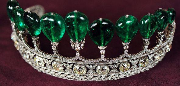 Diadema di smeraldi e diamanti dell 39 imperatrice eugenie di for Tiara di diamanti