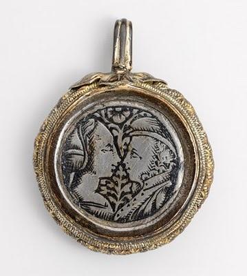 A 15th century love token