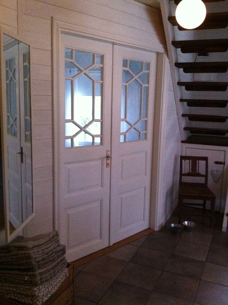 Dubbeldörrar inomhus med annorlunda spröjs HusetKakornaLivet: Dubbelkusin A