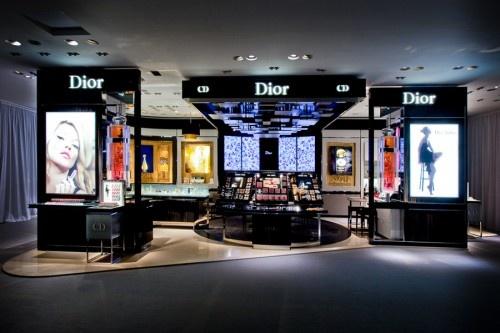 Dior - Staging - Retail Design - Dior addict by Dimitri Rybaltchenko