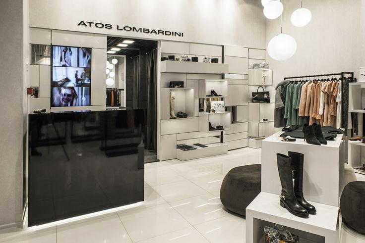 """Магазин женской одежды """"Atos Lombardini"""" / МДМ - Галерея #дизайн #интерьер #лофт #мебель #продажи #стиль #одежда #манекен #витрина #декор"""