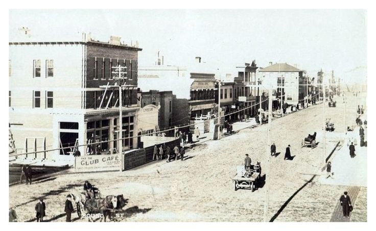 Lethbridge, Alberta 1910 Round street