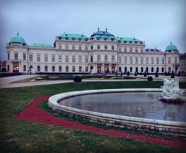 Belvedere Palace • Бельведер - дворцовый комплекс в Вене.  #бельведер #belvedere #vienna #wien #palace #creativephototeam #дворец #барокко #barocco #архитектура #европа #австрия #austria #architecture #garden #fontaine #фонтан #путешествие #путешествия #t