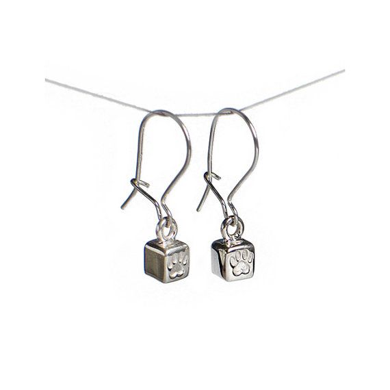 Lovely pair of handmade silver earrings with little cubes with tiny little heart shaped cat paws on them. Size of the cubes ~4 x 4 mm.  Parts of the income goes directly to selected shelters for homeless cats.