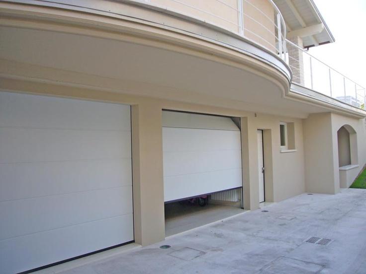 Portoni da garage sezionali Hörmann colore bianco Agente Sarzi Attilio Mantova