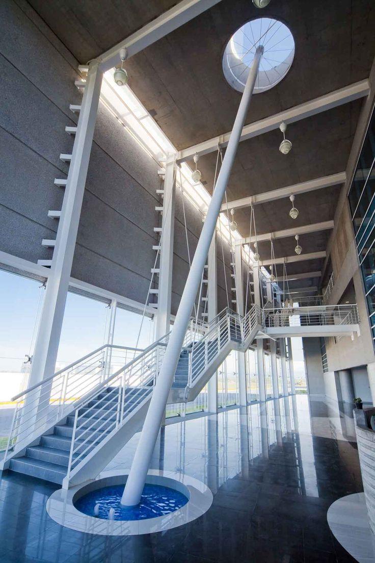 ITESM'S Center For Innovation and Strategic Development of Products (CIDEP) / Bernardo Hinojosa