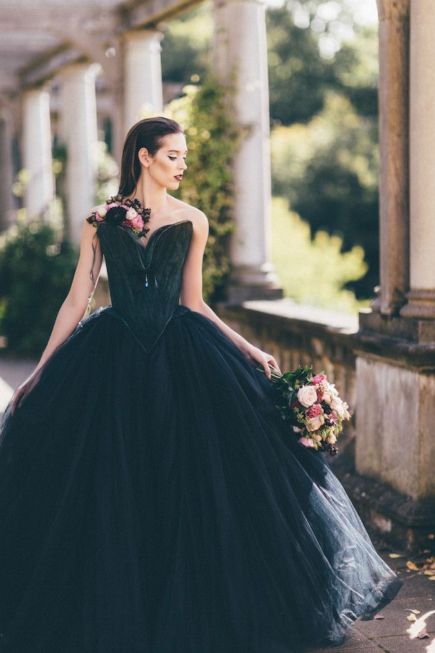 a touch of magic halloween wedding inspiration - Halloween Wedding Gown