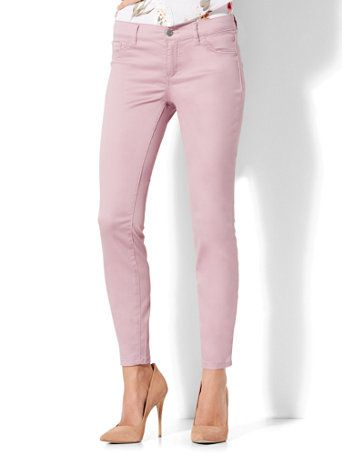 The Crosby Pant: looks like a jean, wears like a pant. Designed in our unique, 2-way stretch, sateen fabric.