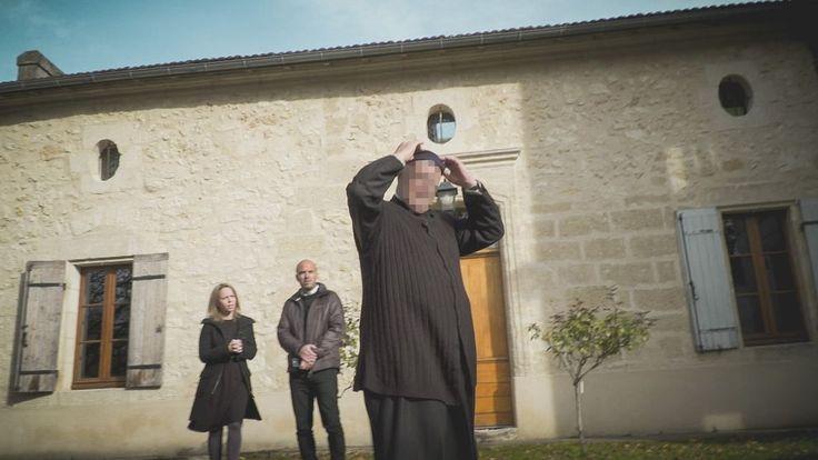 Uppdrag gransknings team attackerat av katolsk församling.