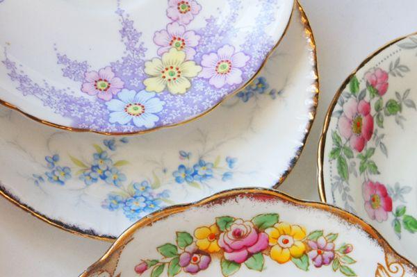 vintage dish rental - vintage dish blog - vintageshopping