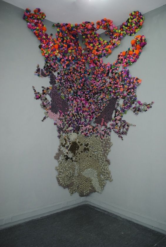Serena Garcia Dalla Venezia :: Large Scale Organic Installations Made from Bright Balls of Fabric