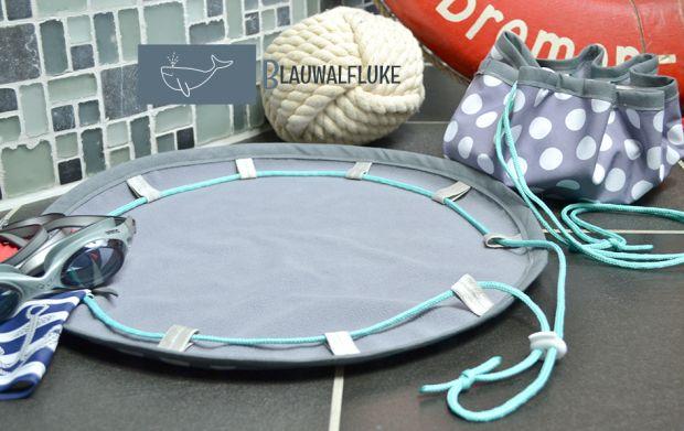 Badeteppich to go aus Softshell von Blauwalfluke.com - ideal für Schwimmbad, Camping, Fitness, Wellness & Sauna