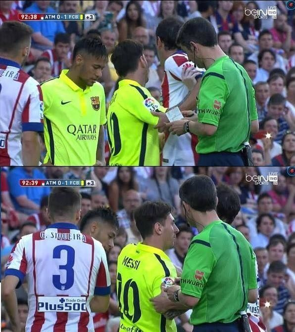 Argentyńczyk chyba lubi swojego kolegę z zespołu • Lionel Messi broni Neymara w meczu Atletico Madryt vs FC Barcelona • Zobacz >> #messi #lionelmessi #neymar #football #soccer #sports #pilkanozna #funny #barca #fcbarcelona #barcelona