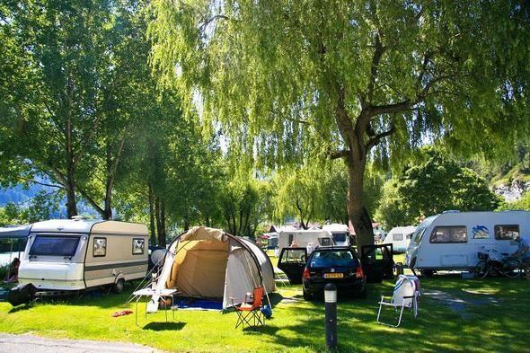 Aktiv Camping Prutz In Prutz Osterreich Acsi Camping Campingplatz Reschenpass