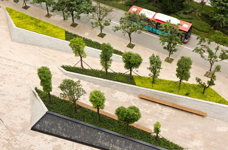 Located in Chengdu, a central city of Midwest China, Fantasia Mixed-Use Landscapeproject drew its inspiration from the relaxed outdoor lifestyle of Chengdu local culture. Designed by Public Landsc…