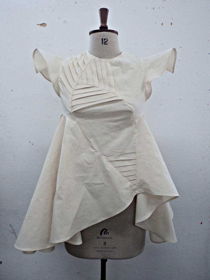 Fashion design development with decorative pleats and volume - creative pattern making; sewing ideas; garment construction; fabric manipulation // Vilune Daunoraite