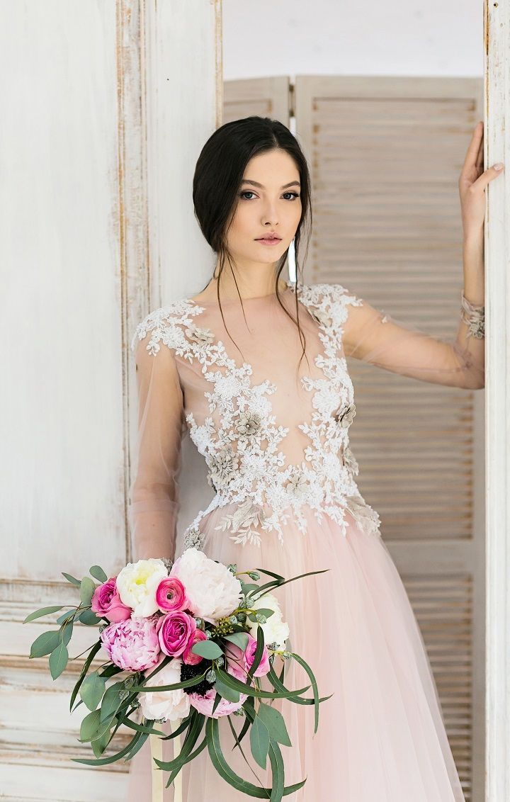 Exquisite Wedding Dresses | itakeyou.co.uk #wedding #weddingdress #weddingdresses #weddinggown #beautifulgown #exquisiteweddingdress