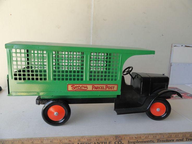 Son-ny Parcel Post Truck