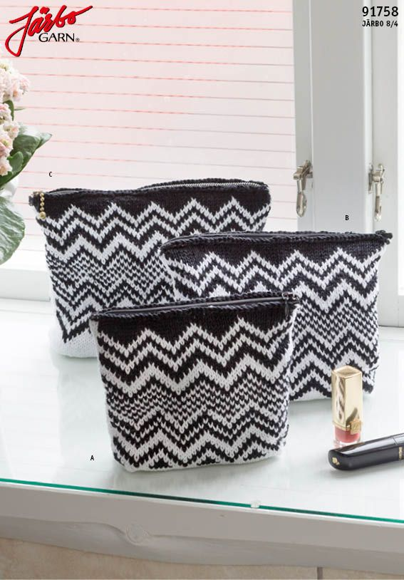 Knitted zig-zag bag in our cotton yarn Järbo 8/4.