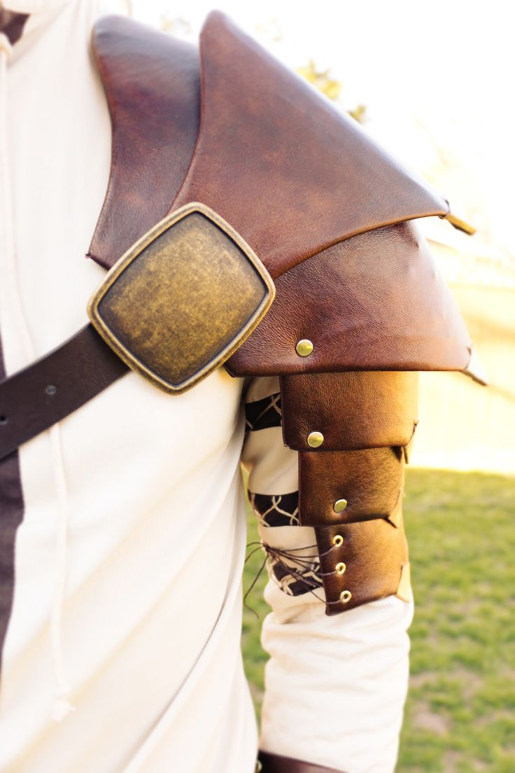 Homemade DIY Medieval Armor Pauldron made of cardboard and faux leather!