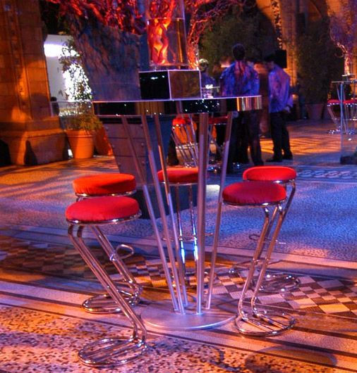 Round metal based poseur table and z-stools Contemporary Furniture Club Starlight Design