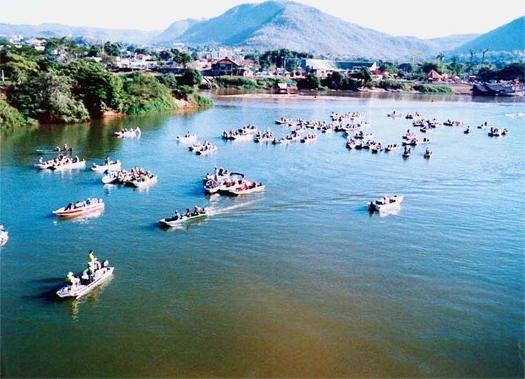 Campeonato de pesca, rio Araguaia, Barra do Garças, Mato Grosso.