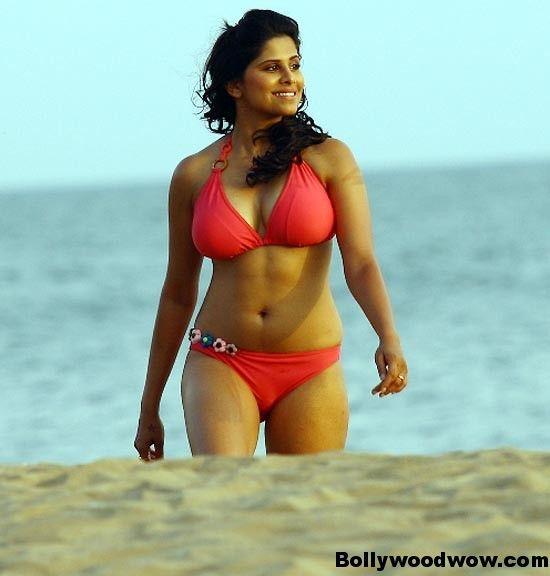 Sai Tamhankar Hot Bikini Pics