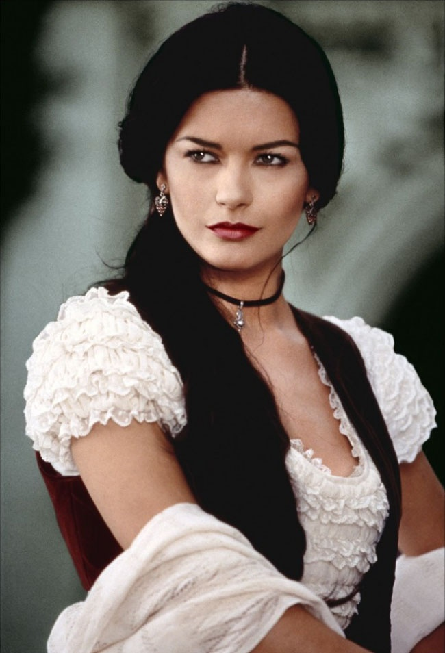Catherine zeta jones in zorro