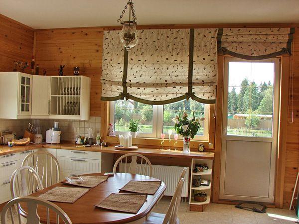 шторы на окно на кухне с балконом
