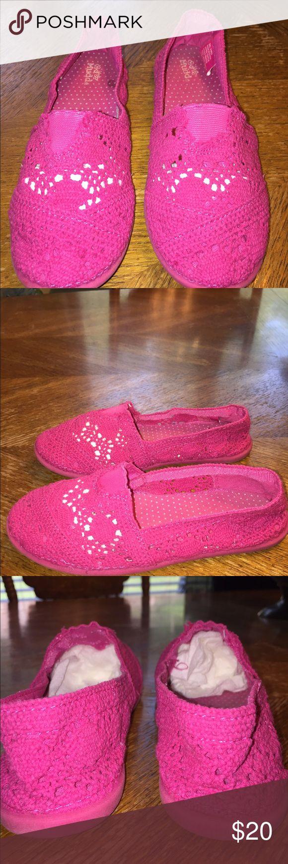 Mudd Hot Pink Toms Look Crochet Slip Ons Size 2   Mudd Hot Pink , Toms Look,  Crochet Slip Ons Mudd Shoes Sandals & Flip Flops