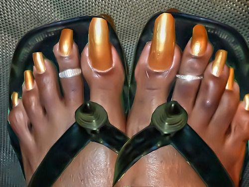 EXTREMELY LONG TOENAILS | very long toenails in african sandals by africansandalsfan