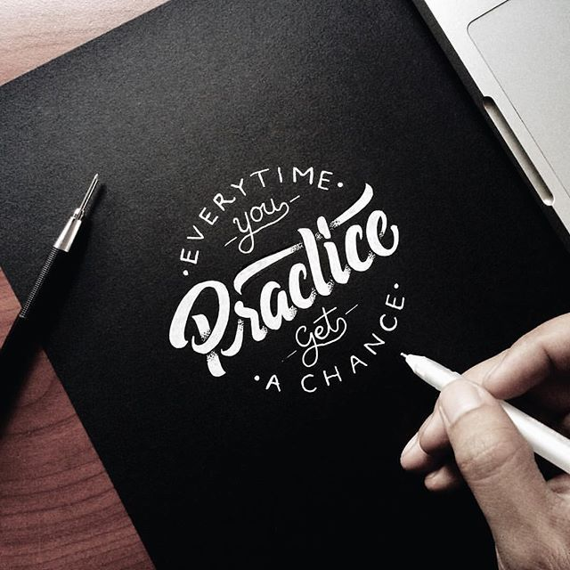 Practice by @mulyahari --/- Daily typography love on typostrate.com and on instagram @typostrate --\- #typostrate #typography #lettering #handlettering #art #design #typedesign #graphicdesign #typografie #tipografia #handbrush #handschrift #handwritten #greatlettering #practice #praxis