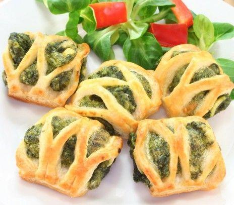 http://www.smakizycia.pl/kuchnia/przepisy/ciasto-francuskie-ze-szpinakiem/