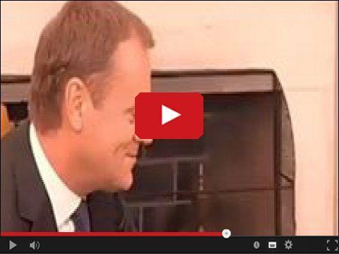 Donald Tusk przed objęciem posady szefa Unii Europejskiej w serwisie www.smiesznefilmy.net tylko tutaj: http://www.smiesznefilmy.net/donald-tusk-przed-objeciem-posady-szefa-unii-europejskiej