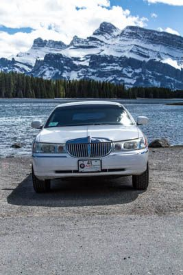 Luxury Sighteeing Tours with Limousines Of Banff