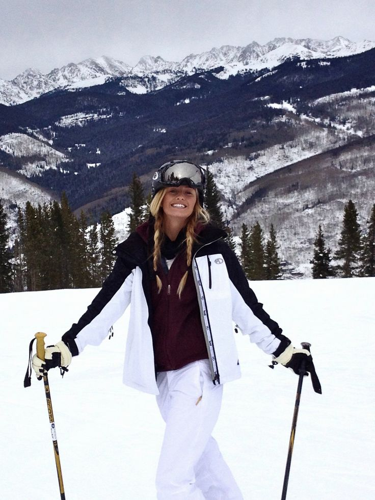 #skiing #colorado , skied once with the love of my life , would love to ski in Colorado with him - ss