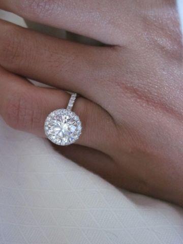 a round diamond even I can love
