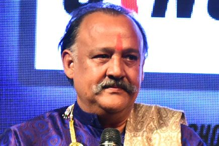 Funny reactions by Twitterati on Alok Nath's birthday http://indianews23.com/blog/funny-reactions-by-twitterati-on-alok-naths-birthday/