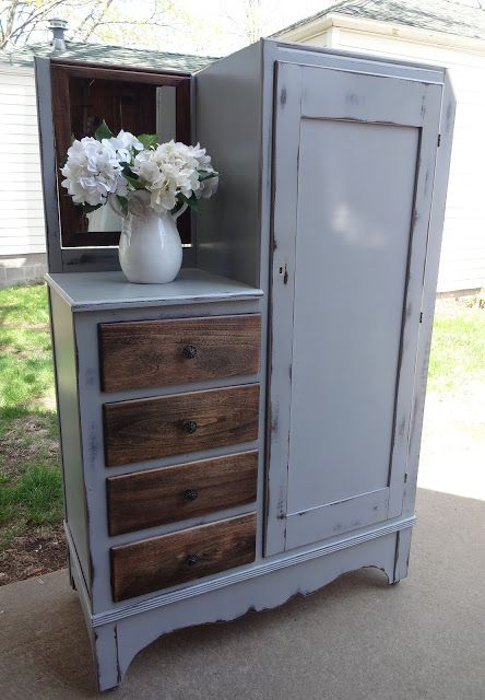 {createinspire}: Antique Wardrobe