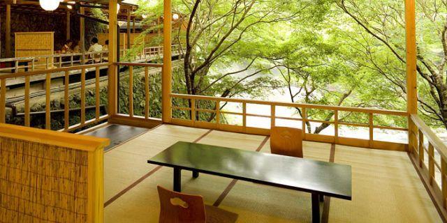 夏は京都で「川床」ランチ。風を感じながらランチが楽しめるお店6選 - macaroni