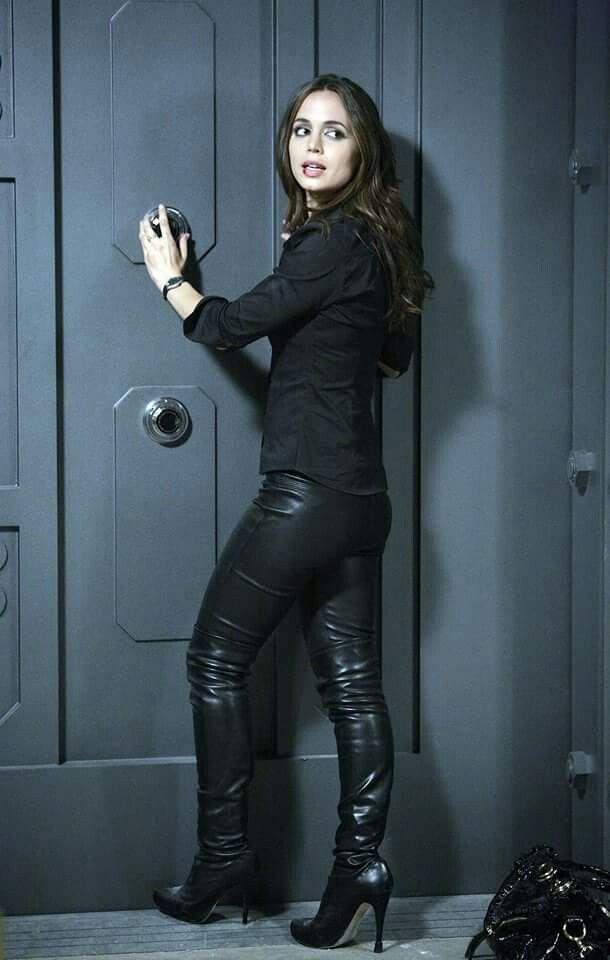 Eliza Dushku in Dollhouse