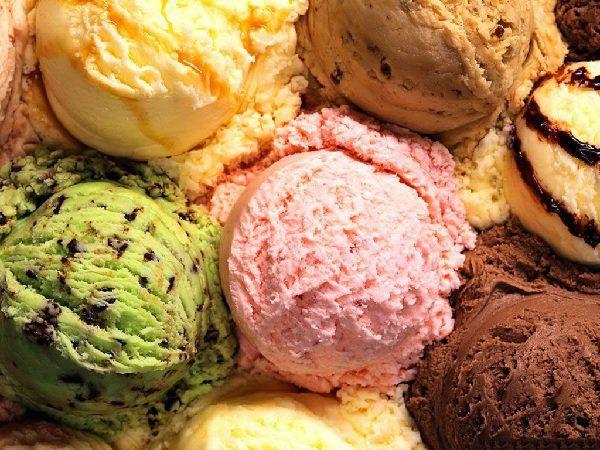 O Sorvete de Massa Caseiro é muito fácil de fazer, tem um custo bem baixo e rende muito (4 litros de sorvete). Você pode fazer para a família ou fazer e ve
