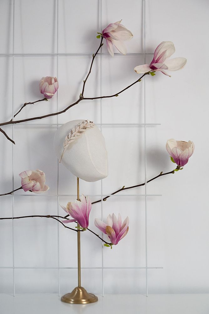 White Luster Allure www.mscarves.ro