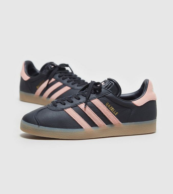 Unusual ladies Gazelle colourway in Black leather with Pink trim, gum sole
