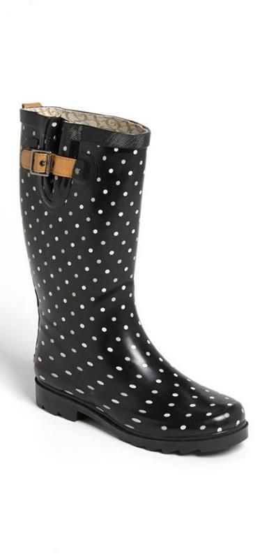 Polka dot rain boots! Don't know why I love rain boots so much.: