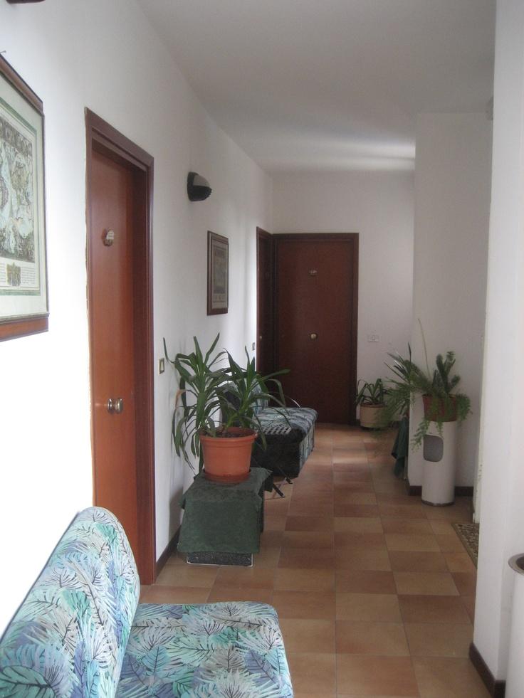 RESIDENCE LE TERRAZZE SUL MARE SAN MAURO MARE corridoio secondo piano
