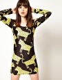 Aumentar Vestido ajustado con estampado de leopardos exclusivo de Lazy Oaf
