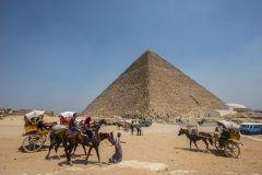 エジプトのギザの大ピラミッドにこれまで知られていなかった2つの空洞が存在する可能性があることが判明 ピラミッドの謎解明を目指すプロジェクトスキャンピラミッドScan Pyramidsの科学者らがラジオグラフィX線撮影を用いて調査した所発見されたようです これから詳細な調査が進むそうですがいまだにピラミッドは謎だらけなんですね tags[海外]